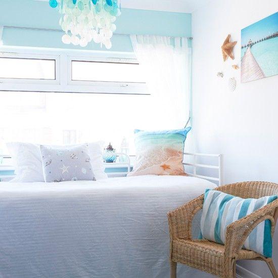1000 ideas about aqua bedroom decor on pinterest blue for Aqua blue bedroom ideas
