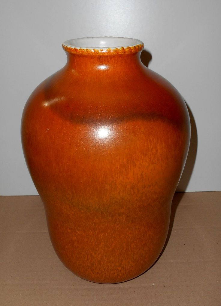 Large ceramic vase designed by Giovanni Gariboldi for Richard Ginori in the 1940s. Marked under the base. Very good condition. design1958@gmail.com