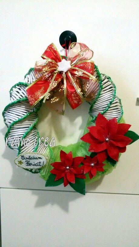 Ghirlanda natalizie. . . cannucce di carta