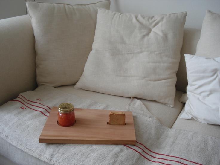 oak cutting board Salenero for breakfast