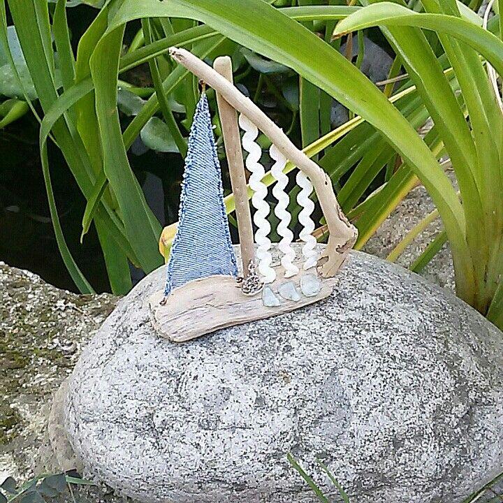 Один из моих любимчиков уезжает жить в Германию... Счастливчик 😊  #handmade #ручнаяработа #Кораблик #дрифтвуд #дрифтвударт #деревянныйкораблик #морскоестекло #seaglass #driftwood #driftwoodsailboat #Море #sea #краснодарскийкрай #Анапа #тамань #сенной #темрюкскийрайон