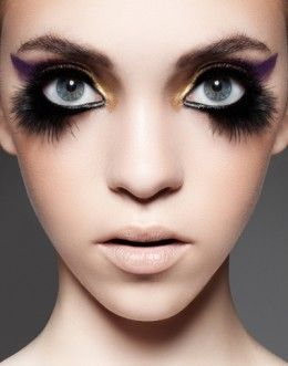 Black and purple bird eye makeup  http://makinbacon.hubpages.com/hub/birdmakeuphalloweentutorialstipsphotos