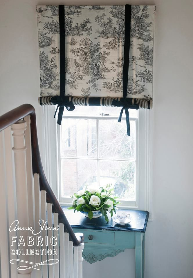 Paris Noir & Charcoal Pastorale Toile from the Annie Sloan Fabric Collection used to create this Swedish Blind. Photography by Christopher Drake.