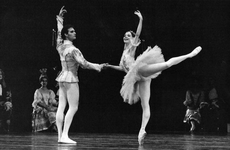 Paul Chalmer answers the Gramilano Questionnaire… Dancers' Edition - Paul Chalmer with Eva Evdokimova in Sleeping Beauty - Teatro Colòn-01