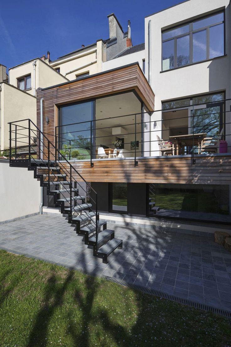 Projet de rénovation contemporain caché derrière la façade d'une maison de maître bruxelloise - Arcanne, Belgique
