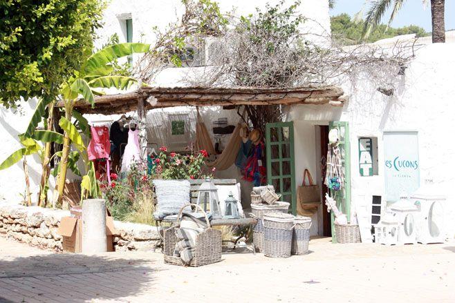 Ibiza: Santa Gertrudis de Fruitera...