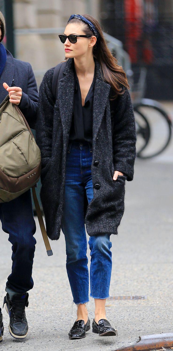 Phoebe Tonkin - casual and stylish