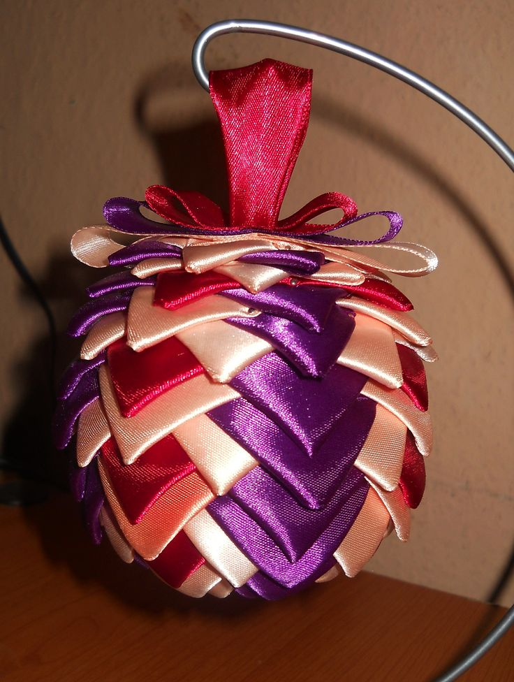 Bauble ribbon / Bobmka wstążkowa