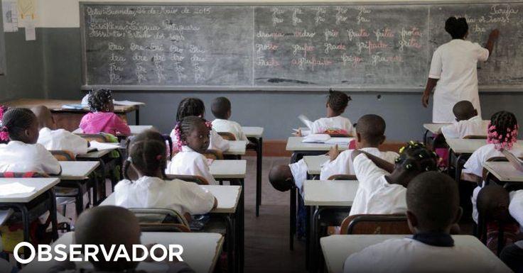 """Um grupo de estudantes angolanos convocou uma marcha contra a """"gasosa"""" escolar, denunciando cobranças ilegais durante o período de inscrições e matrícula. http://observador.pt/2018/01/26/estudantes-angolanos-prometem-protesto-em-luanda-contra-gasosa-escolar/"""