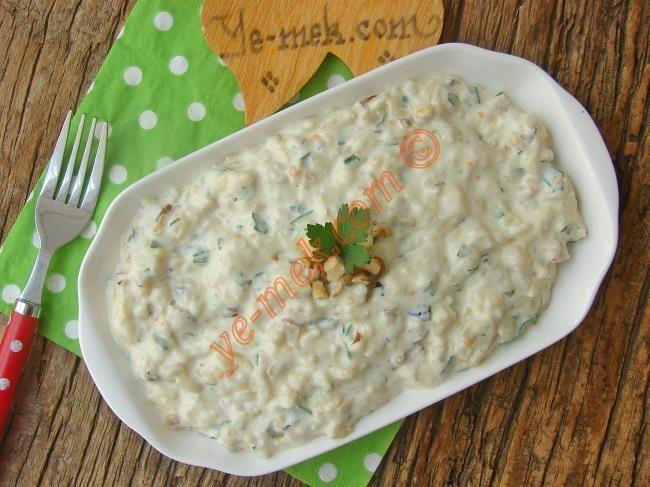 Labne Peynirli Köz Patlıcan Salatası Resimli Tarifi - Yemek Tarifleri