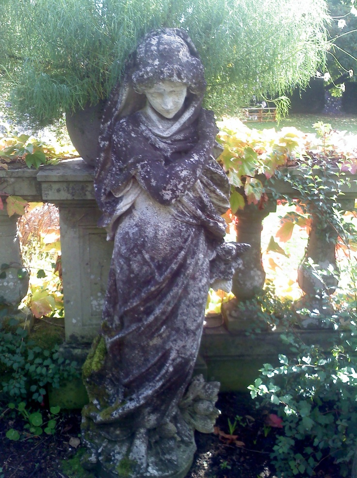 29 best images about statues on pinterest the thinker oriental and angel statues - Angel statue for garden ...