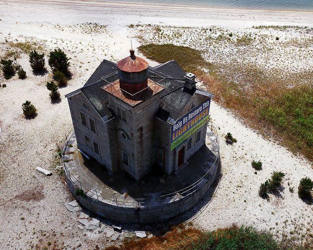 Cedar Island Lighthouse at Cedar Point County Park KAP II, East Hampton, NY | Flickr - Photo Sharing!