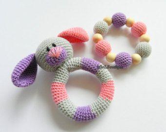 Traqueteo del bebé conjunto de 2 Crochet bebé agarrando
