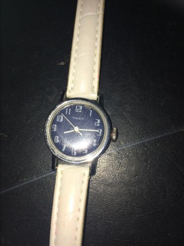 Vintage Timex Ladies Wind Up Watch