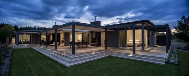 Taupo Lake Home in New Zealand by Lockwood Homes