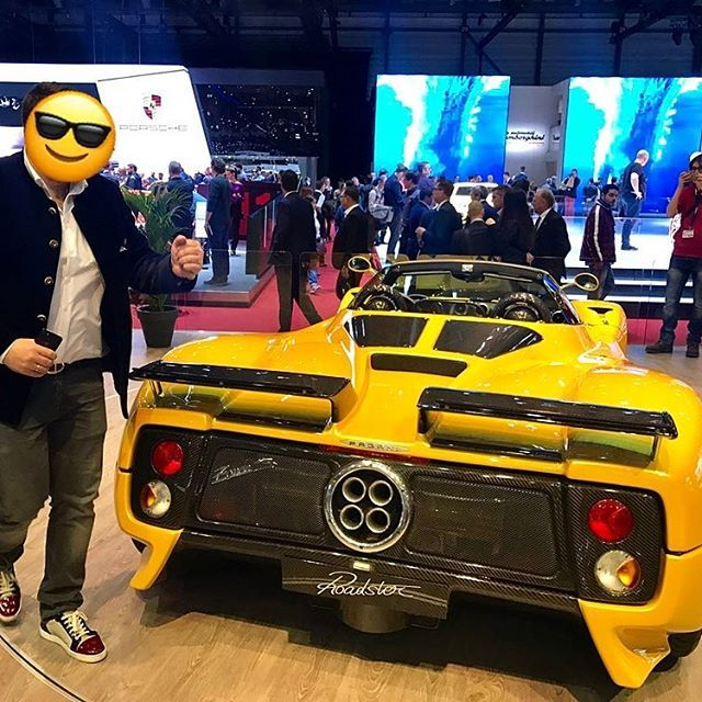 Dancing the funky chicken because your car is on the Pagani stand at #GIMS 😎 Nice moves @rallebriatore #lovecars #pagani #zonda #s #roadster #geneva #loveralle #zondas #c12 #love #cars #emoji #ig #love #cars #tagforlikes #speed #exoticcar #horsepower
