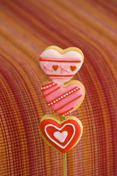 BROCHETA CORAZONES  HEART XOXO by Galletas divertidas, via Flickr