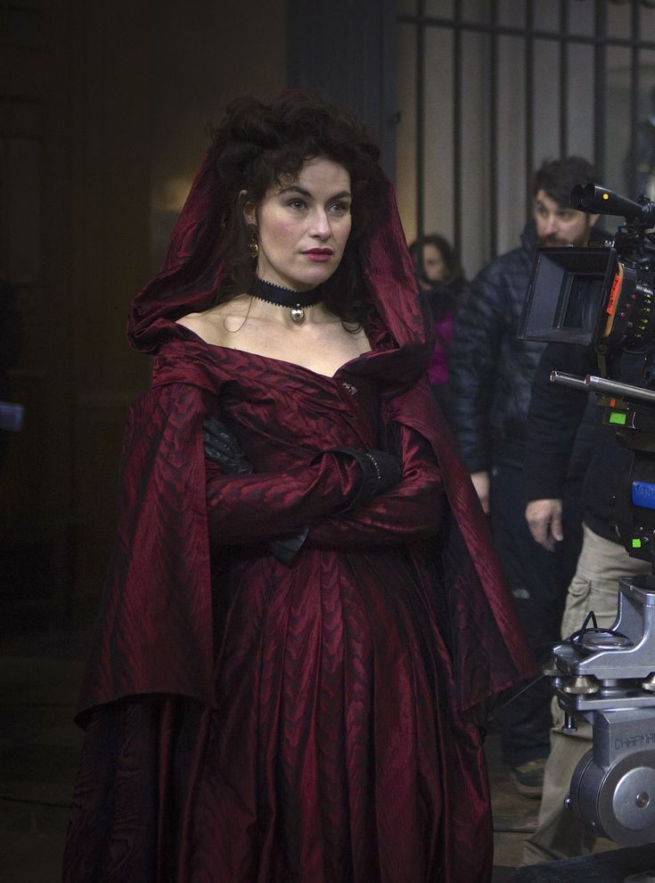 Maimie McCoy as Milady de Winter on the set ofThe Musketeers (TV Series, 2014).