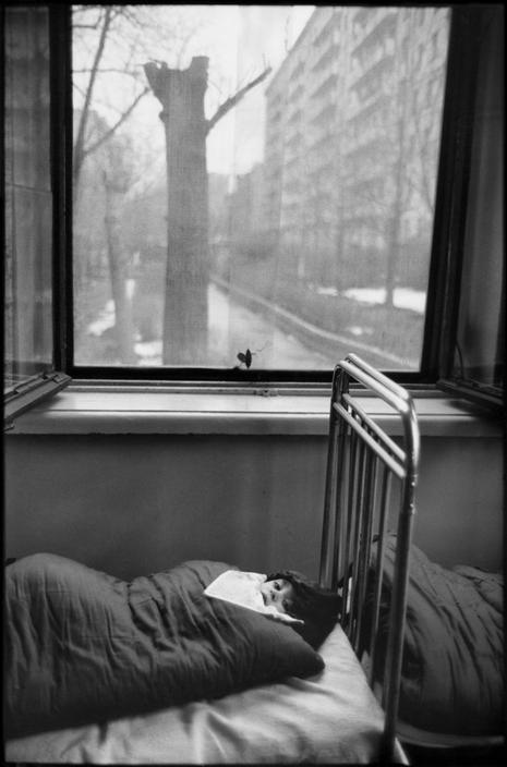 Henri Cartier-Bresson // SOVIET UNION. Russia. 1972 - Moscow. Day nursery.