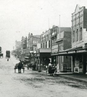 History-of-Hurstville NSW. RR arrived 1884.Mansions and country homes on 5 acre lots were built in the 1880s for residents who could commute