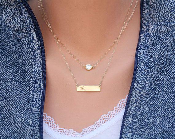 Personnalisé double couches petit point Bar collier Bar Monogram, petit point bar collier, croix sur le côté, collier Rectangle Initial de