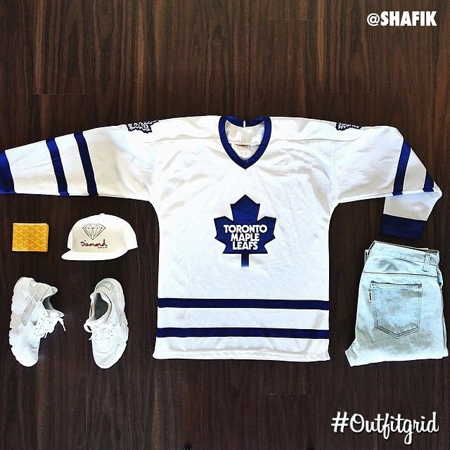 Today's top #outfitgrid is by @shafik. ▫️#TorontoMapleLeafs #Jersey ▫️#NikeSportswear #TripleWhite #Huarache ▫️#Supreme #Denim ▫️#Diamond #Cap ▫️#Goyard #Wallet