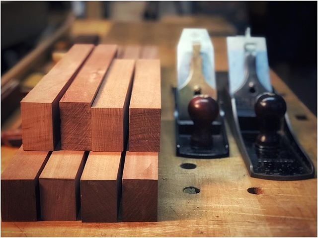 For #handtoolthursday I present my @lienielsentoolworks No. 5 1/2 along side my Stanley Bedrock No. 08. Both played a part in dimensioning stock for my cabinet stand. Just posted Episode 447 of An Unplugged Life- Dimensioning the Stand. You can find all of the details on the Unplugged Woodshop website. #theunpluggedwoodshop #anunpluggedlife #unplugged #woodworking #handtoolsonly #handplanes #lienielsen #stanleybedrock #nopowernoproblem #torontolife