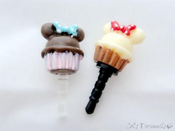 Mouse cupcake iPhone dust plug