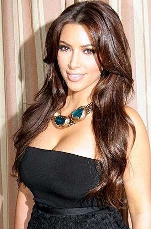 Damn!!! I really wish i was Yeezy West lol. Kim you truly are way more than gorgeous itself. I bet you are an Angel. I wonder why you hidding yah wins... ;-):-D