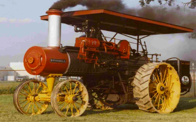 Steam trucks and tractors from the early 20th century