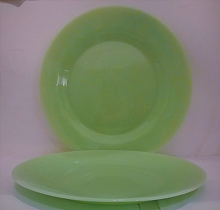 "2 Jadite Glass Dinner Plates 10"" Green Jadeite Contemporary Flatware #Unbranded"