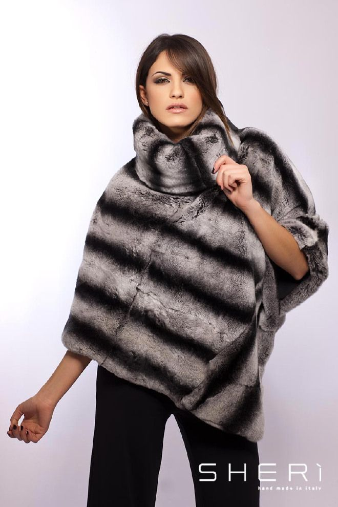 Capri - Poncho rex chinchilla - Codice: 1013  #poncho #rex #chinchilla #fur #fashion #sheri #madeinitaly
