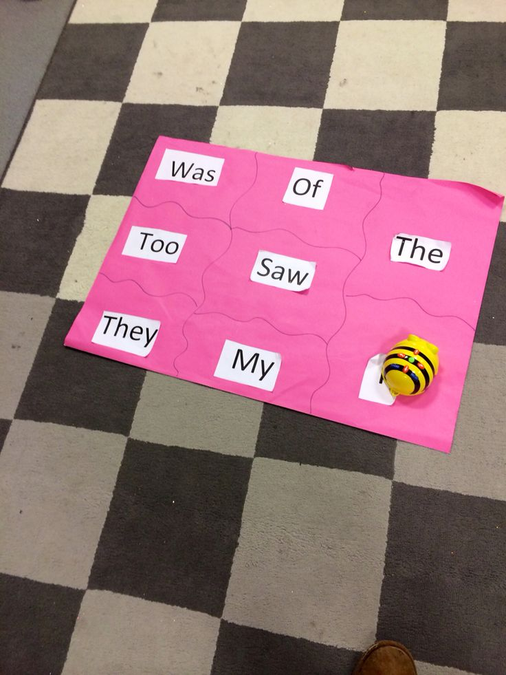 Navigate the bee bot to the tricky words !