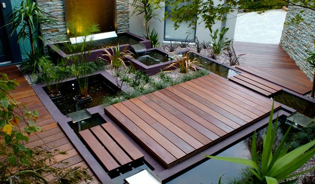 H2O Designs–a Melbourne company that specializes in the custom design and production of dynamically designed water features, planter boxes, and outdoor seating for rooftop gardens, balconies, and courtyards.
