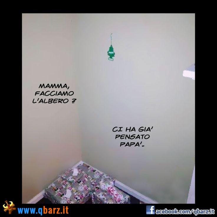 Fare l'albero di Natale - Foto divertente
