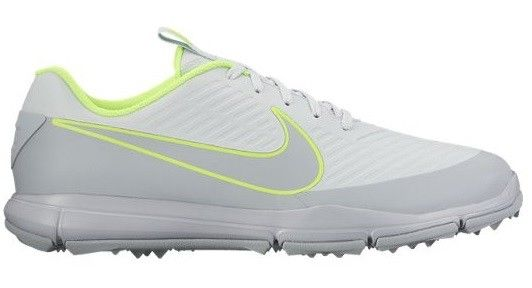 Los nuevos zapatos de golf Nike Explorer 2 S. Los zapatos de golf para hombre Nike Explorer son de tipo atlético, de perfil bajo y sistema de agarre en suela integrado.