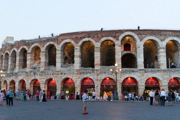 Arena di Verona from www.aidamollenkamp.com