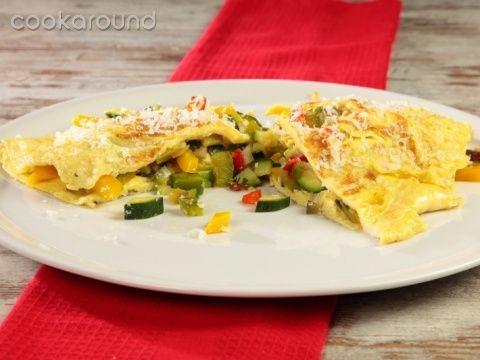Omelette con verdurine e ricotta salata