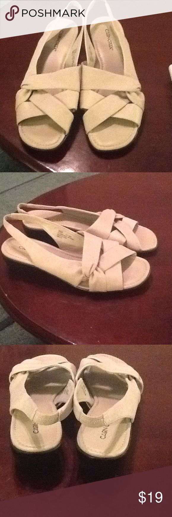 CABIN CREEK BEIGE FLAT SANDALS CABIN CREEK BEIGE FLAT SANDALS SIZE 9M PREOWNED GOOD CONDITION Cabin Creek Shoes Sandals