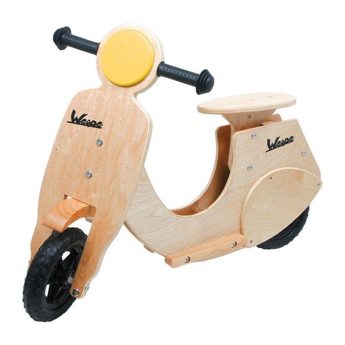 Moto Vespa de juguete de #madera para #niños #motricidad #educacion