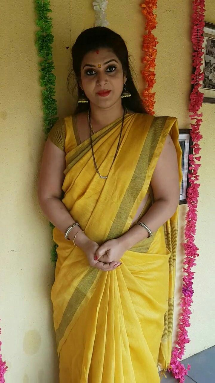 Indian beautiful aunties in saree