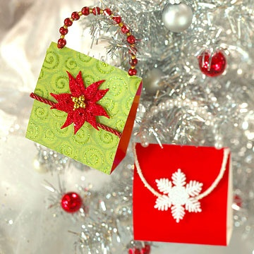 Christmas Clutch Ornaments - free pattern - love the beaded handle - bjl