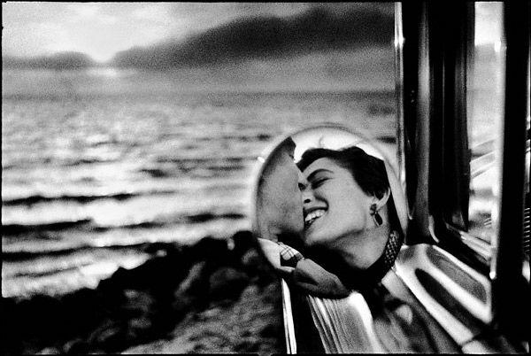 Elliot Erwitt - California (1955)