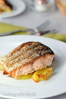 http://cookingwithmarilu.blogspot.it/2014/01/ricetta-salmone-al-forno-con-patate.html salmone al forno