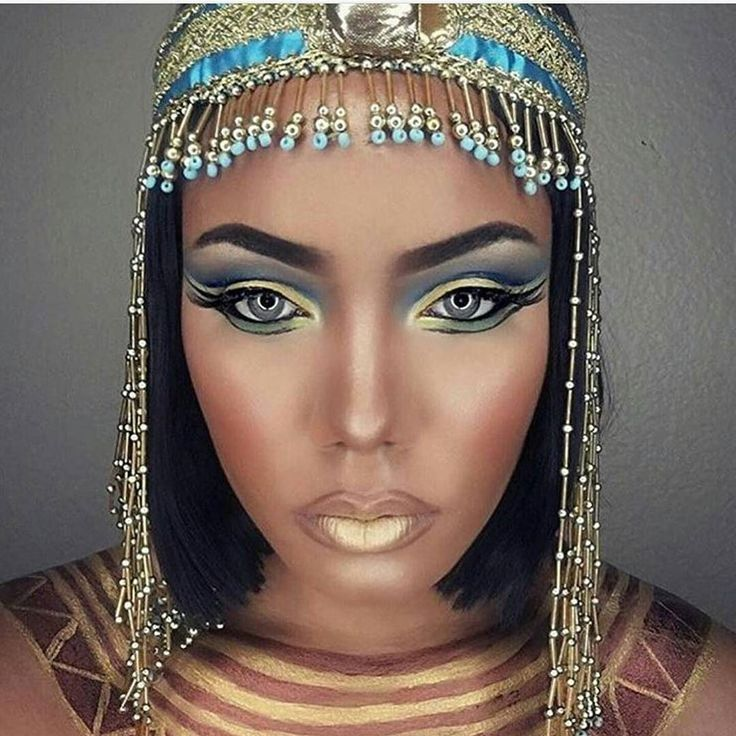 #halloweenmakeup for the gods! Badass Cleopatra makeup by @joleanmua!