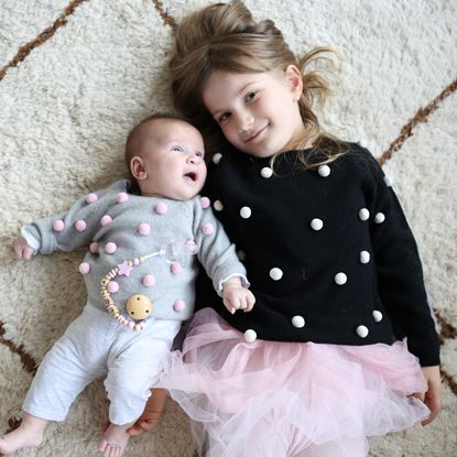 Abbigliamento per bambini, bambine e neonati, vestiti e scarpe per bambini e neonati made in Italy - Il Gufo, la moda italiana che veste il bambino.