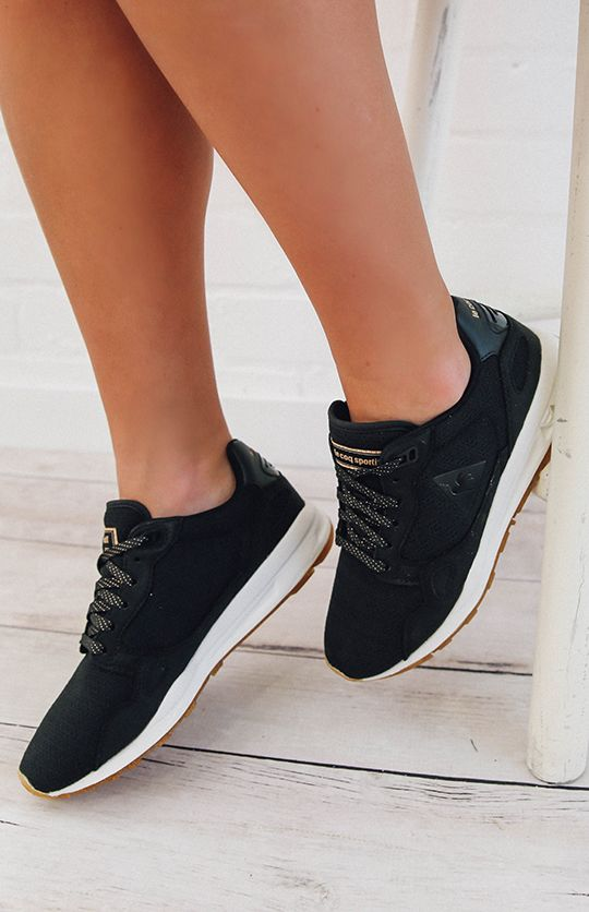 Le Coq Sportif LCS R900 Womens Metallic Sneaker - Black from peppermayo.com