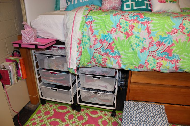 Decorating Ideas > 25+ Best Ideas About Preppy Dorm Room On Pinterest  Dorms  ~ 104706_Dorm Room Ideas Preppy