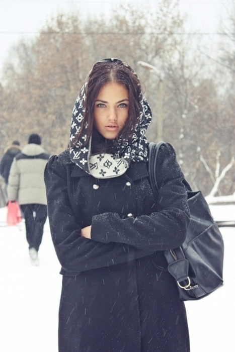 LV scarf and snow...I've never seen either one.