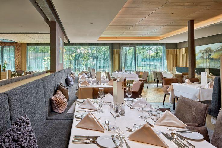 Der großzügig umgebaute Speisesaal im DolceVita Hotel Feldhof